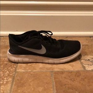 Nike Shoes - black nike sneakers